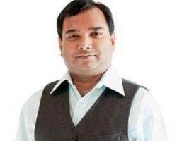 Dr. Swadeep Srivastava